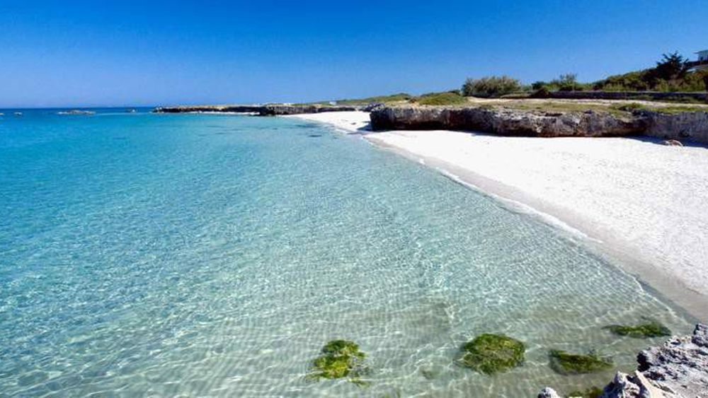 Matrimonio Spiaggia Ostuni : Cerete malore in spiaggia morto luigi visinoni