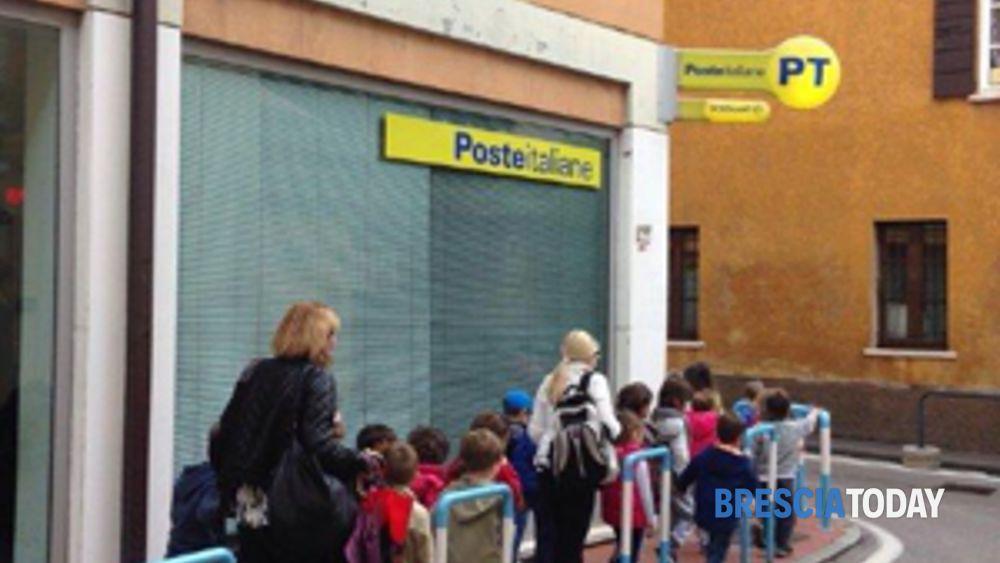 Ufficio Postale Via Monte Rosa Novara : Desenzano del garda: i bimbi della materna in visita allufficio postale