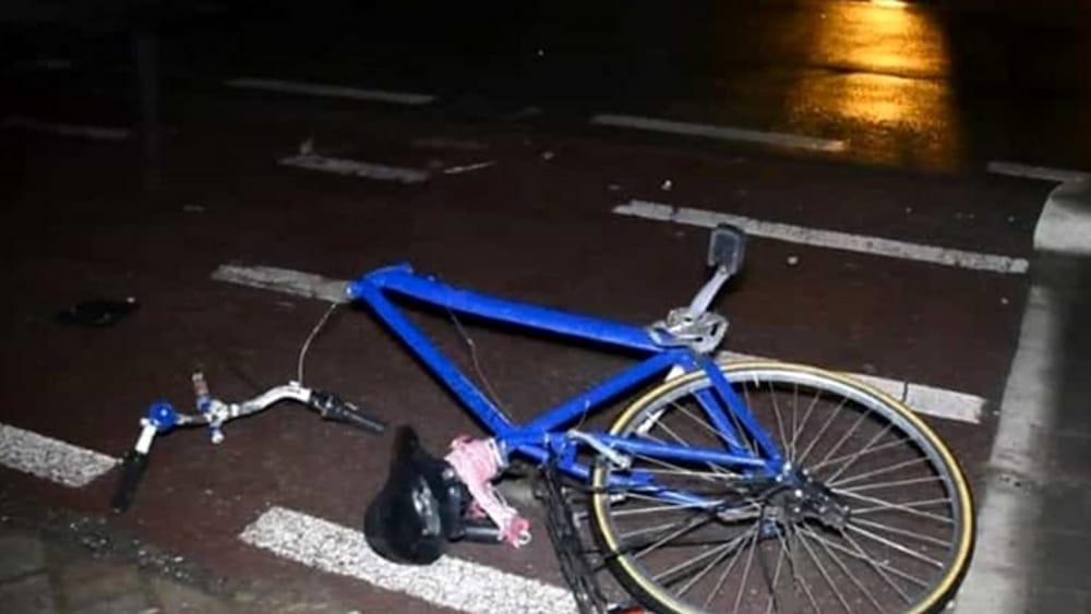 Travolto in bicicletta, scaraventato contro il guardrail: muore davanti agli occhi del nipote - BresciaToday
